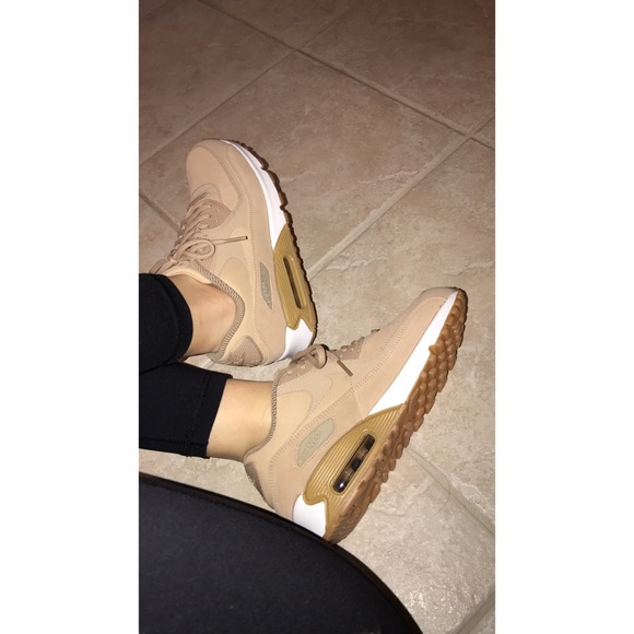 competitive price b6220 6ef5e Women's Nike Air Max 90 tan sneakers